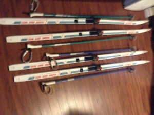 Cross country skis set