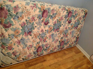 SINGLE BED IN EXCELLENT SHAPE