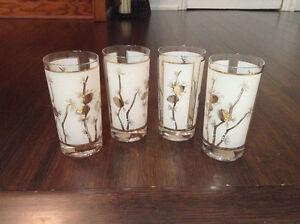 12 piece beautiful glass set