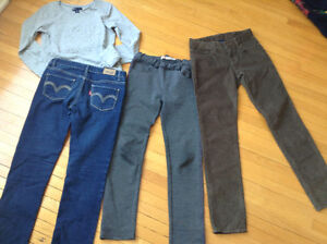 Pantalons et haut fille 10 ans - girl pants and top size 10