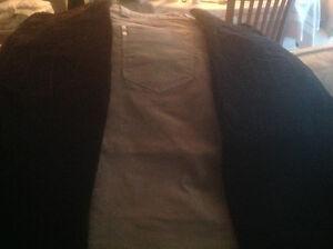 Pantalons velours,beige,noir ,brun,10.00 ch.ou 3 pour 25.00