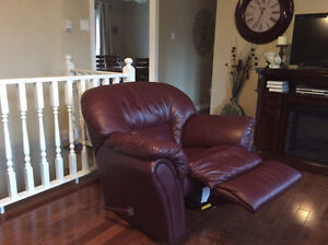 100% leather sofa and reclining chair St. John's Newfoundland image 2