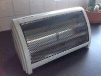 Ceramic 2 bar easy heater.