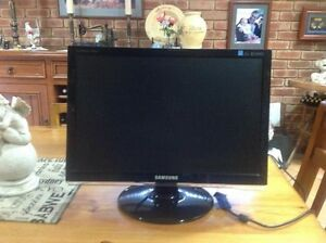 "Monitor Samung Sync Master 953BW 19"" Bull Creek Melville Area Preview"