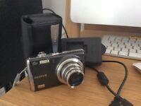 FijiFilm FinePix F70EXR digital camera 10 megapixel & 10x zoom