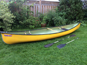 Beautiful Kevlar 15 foot canoe in great condition