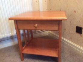 Oak Bedside / Lamp Table