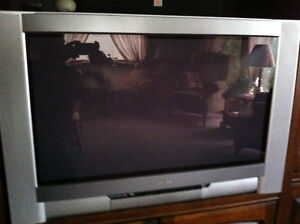 "Toshiba 34"" with flat screen"