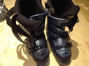 Rossignol Ski Boots good condition 24.0 to 24.5