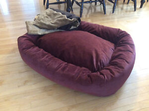 Dog bed - brand new