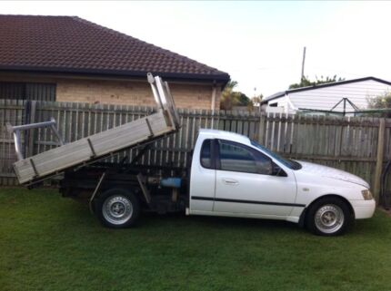 MAN WITH UTE AND FULLY OPERATIVE TIPPER Mulgrave Monash Area Preview