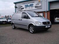 2009 09 MERCEDES-BENZ VITO 111 CDI COMPACT SWB 116BHP WITH ALLOY WHEELS IN SILVE