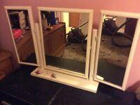 Vanity mirror (3 mirrors)