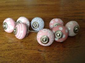 8 Lovely Ceramic Pulls Nobs