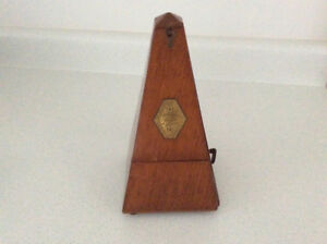 Vintage METRONOME Wooden Case Works Clean Condition