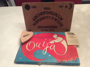Vintage Ouija Board Game Circa 1950