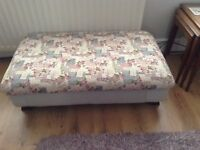 Pouffe Footstool Project FREE