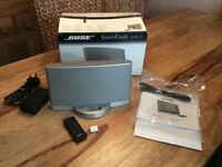 Bose Sound Dock Series 2; with box, compatible with all iPhones 4,5,6,7,8 and X