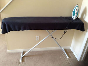 Iron Black&Decker + Ironing Board