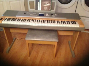 Orgue Yamaha Portable Grand