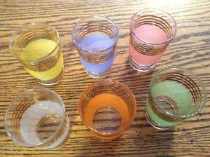 Vintage 1960 frosted pastel glasses. 6 verres à shooter givré Gatineau Ottawa / Gatineau Area image 1