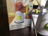 NEW Lakeland Meat Mincer