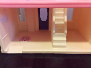 Large Size Step 2 Doll House Play House Stratford Kitchener Area image 4