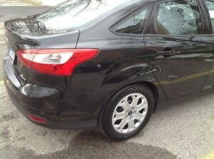 2014 Ford Focus SE - E Tested & Safety Tested