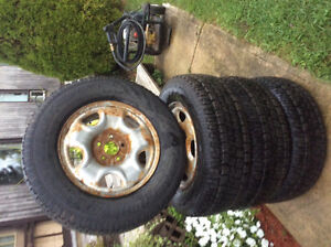 235/70R16 Winter Tires Avalanche Xtreme used for 2Months