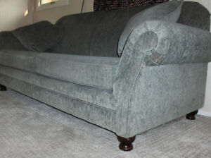 Sofa pullout bed, like new condition