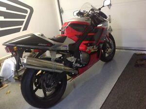 Honda RC51 2000 ***ARTISANALE ***