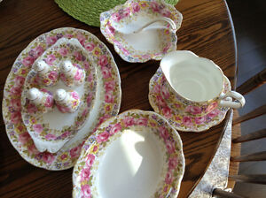 Royal Albert Dinnerware,  Serena pattern