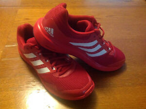Like New! Men's Adidas sneakers