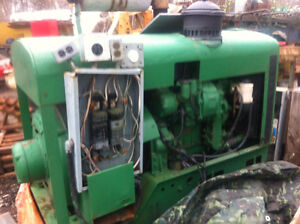 125KW 240 volt, 480 volt detroit diesel 471 turbo generator, wit