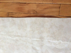 Flannel Backing Beige Table Cloth