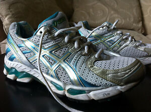 ASICS Gel Kayano 17 Running Shoes,T150N, Wht/Blue/Silver, Women West Island Greater Montréal image 1