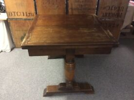 Vintage Extendable Dining room Table