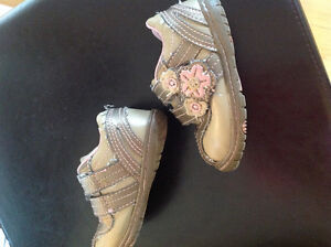 Shoes size 4 or 5