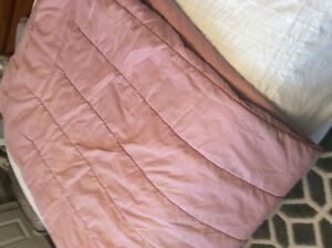 Twin size comforter dusty rose colour