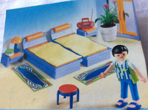 Play mobile bedroom set