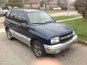 2003 Chevrolet Tracker SUV, Crossover (sold as-is)