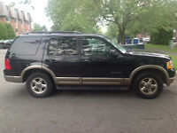 2002 Ford Explorer SUV, Crossover