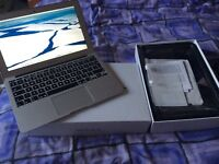Apple MacBook Air 11inch immaculate condition, with box, hardly used.