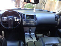 2005 Infiniti FX Leather SUV, Crossover