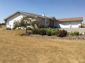 Excellent acreage close to Calgary and Okotoks **Contact us**