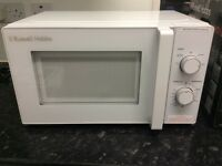 Russell Hobbs Compact 20L White Solo Manual Microwave New in Retail Box