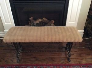 ENTRY BENCH/FIRESIDE BENCH/IRON BASE-DECORATOR FIND