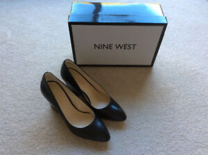 WOMANS SHOES Black Size 6.5 NINE WEST New Never Worn