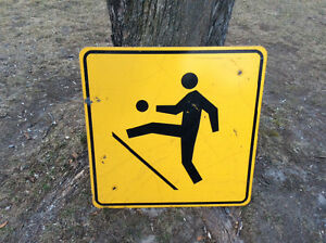 Kids Playing Road Sign
