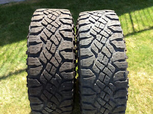 TWO Goodyear Duratrac Tires 285/75/16